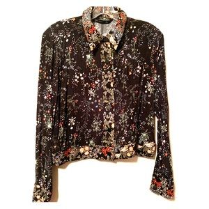 Patterned floral buttoned top blouse from Zara